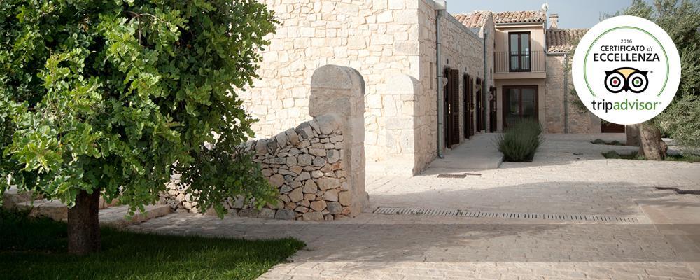 Da qui, partirete per esplorare i gioielli del barocco siciliano tutelati dall